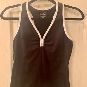 Kyodan tank with bra liner, medium